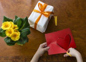 Cadeaux pour la saint valentin, la fête des amoureux - coeur